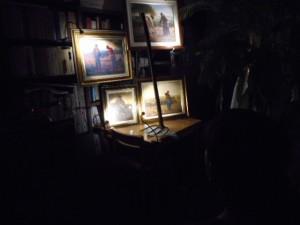 銀座書斎では、2017年の夏は、19世紀・フランスのバルビゾン派画家、ジャン=フランソワ・ミレー(1814-1875)をテーマとして啓蒙活動を行っています。現在、銀座書斎の中央スペースに、「馬鈴薯植え」(写真・上の右)、「晩鐘」(写真・上の左)、「羊飼いの少女」(写真・下の右)、「種まく人」(写真・下の左)を設置しています。