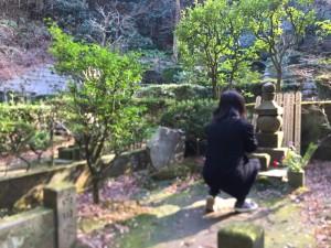 鎌倉・東慶寺 西田幾多郎先生の墓前にて